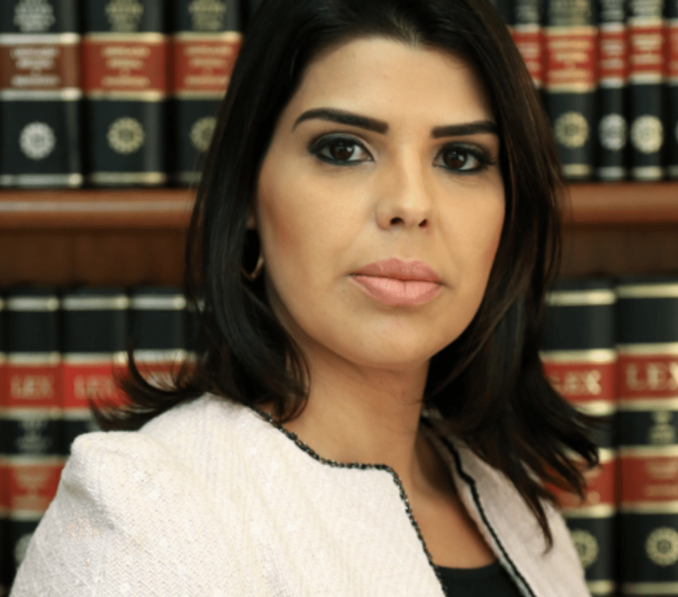 Advogada Chyntia Barcellos