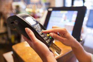 Operadora de cartões de crédito é condenada por negar autorização para compra | Juristas