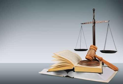 Especial Sobre a hierarquia das leis no direito brasileiro.