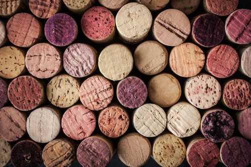 Produtoras de vinho não são obrigadas a ter enólogo com AFT no Conselho de Química | Juristas