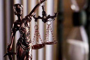 No Peru, um advogado foi flagrado fazendo sexo durante audiência virtual | Juristas