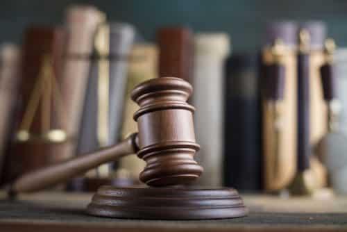 Empregado rural que não tinha banheiro no local de trabalho será indenizado | Juristas