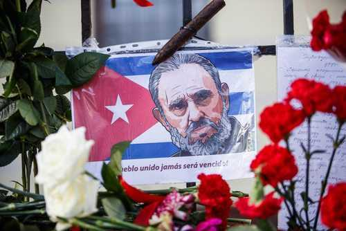 Cuba aprova lei proibindo dar nome de Fidel Castro a locais públicos | Juristas