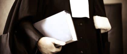 Defensor público só pode ser designado após esgotamento de tentativas de localizar acusado