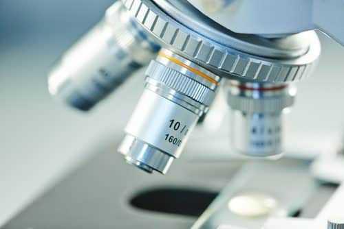 Laboratório é condenado por diagnóstico errado de câncer
