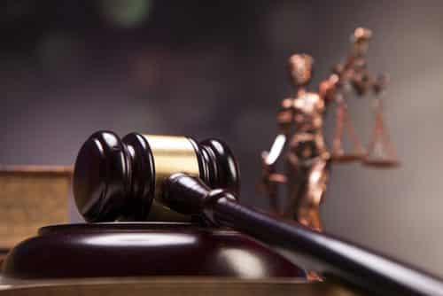 Desclassificação de crime doloso exige abertura de novo prazo para defesa de réu, diz TJ   Juristas