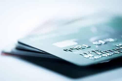 Cliente que alega não ter realizado compras consegue no TRF4 suspensão de cobranças de cartão de crédito