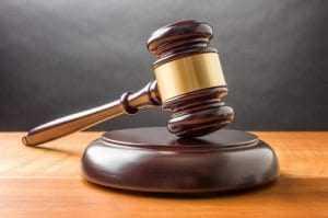 Cliente que sofreu queimaduras após procedimento a laser será indenizada   Juristas