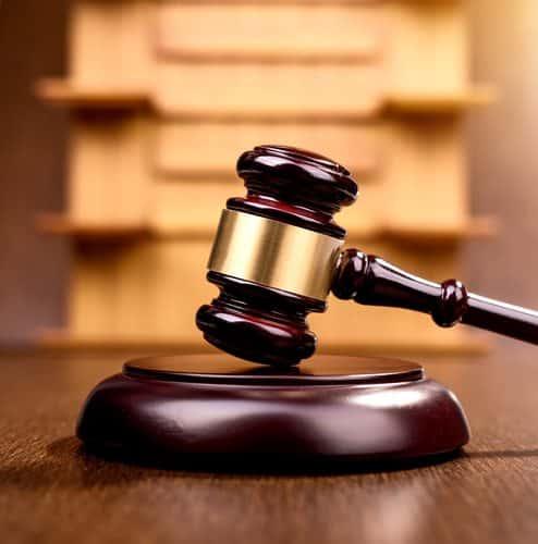 Seguradora é condenada a pagar indenização a portador do mal de Parkinson7740432397