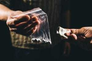 Itamaraty acompanha brasileira presa nas Filipinas por tráfico internacional de drogas