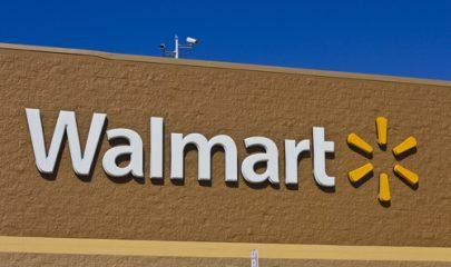 Rede de supermercados Walmart é condenada por obrigar vendedora a participar de dança motivacional