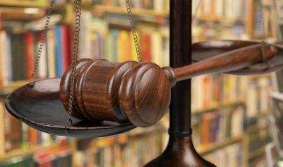Justiça determina readmissão de empregada com câncer após dispensa discriminatória