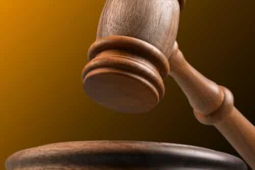 Motorista é condenado a indenizar viúvo por acidente de trânsito