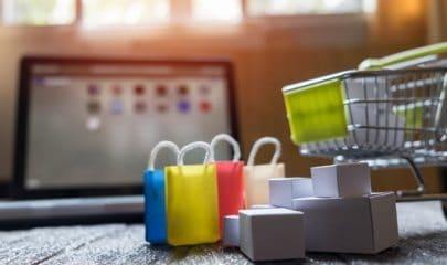 Cnova Comércio Eletrônico não respeita prazo de arrependimento de cliente e deverá ressarci-la em dobro