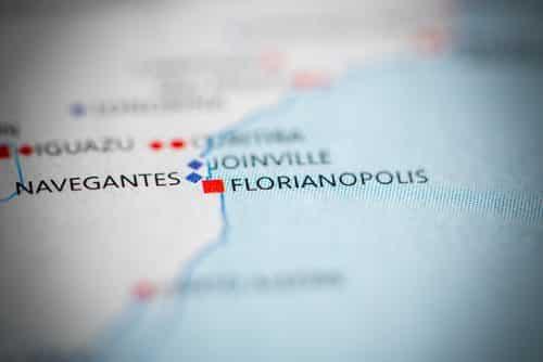 Casal roubado durante a lua de mel em hotel de Florianópolis será indenizado até pela aliança