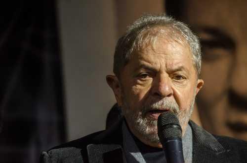 benefícios ao ex-presidente Lula