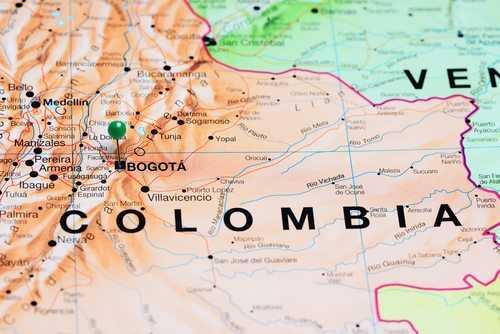 Oposição pede renúncia de presidente da Colômbia por propina da Odebrecht