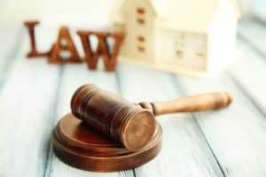 Empreiteiro deve indenizar dono de obra por abandono da construção