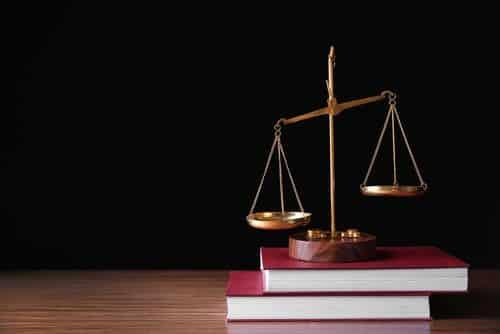 Concessionária não poderá descontar salário de vendedor em casos de inadimplência do comprador
