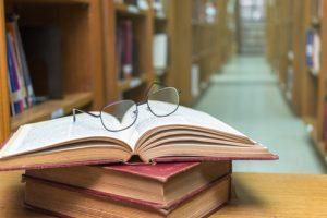 Estudante de Direito confundido com marginal em capa de jornal receberá indenização