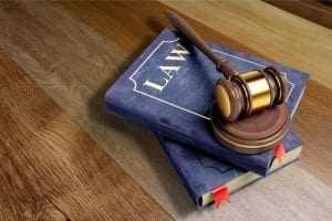 JT anula acordo prejudicial a empregado que teve advogado pago pelo empregador