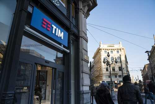 Empresa de telefonia TIM Celular deverá ressarcir, em dobro, cobrança de serviço não contratado