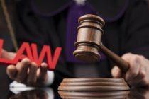 Banco é condenado a reintegrar empregada com depressão demitida durante auxílio doença