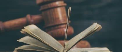 Empregada que sofreu acidente em viagem concedida como prêmio não obtém direito a indenização