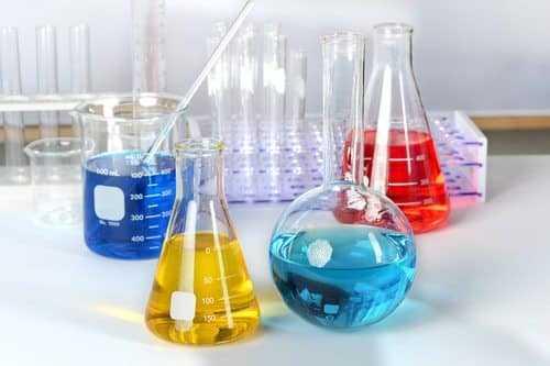 TRT-RS concede acréscimo salarial a químico que acumulou funções de maior responsabilidade não previstas no contrato