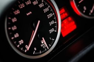 Furto de veículo não dá causa a indenização por dano moral