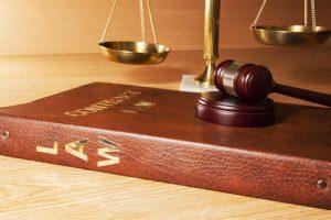 Vítima de violência doméstica tem direito à remoção durante estágio probatório