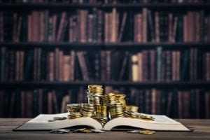 TRF2 mantém condenação de ré por estelionato qualificado contra a CEF