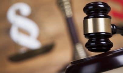 Exclusão injustificada de alguns empregados do recebimento de PLR configura discriminação