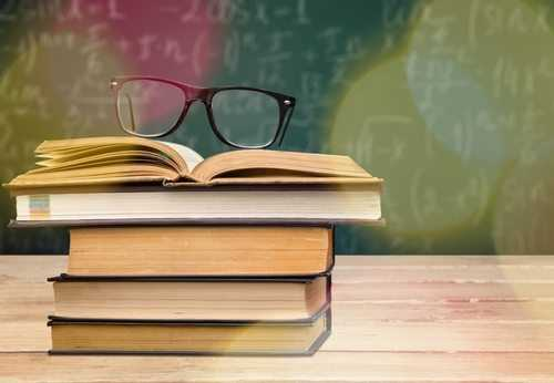 Oferta de curso inexistente obriga faculdade a indenizar aluno por dano moral