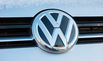 Volkswagen e concessionária indenizarão consumidor por defeito
