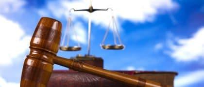 Negada residência permanente à estrangeira que não preencheu os requisitos legais para deferimento do pedido