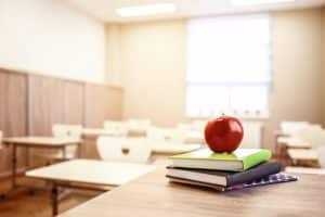 Aposentadoria de professor não autoriza exclusão de fator previdenciário