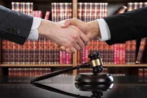 Para Associação de Juízes, eleições diretas são a saída mais adequada para o país