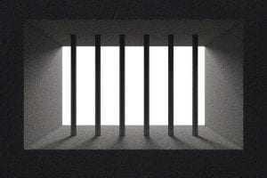 Cabe ao juiz originário determinar execução provisória em caso de desaforamento