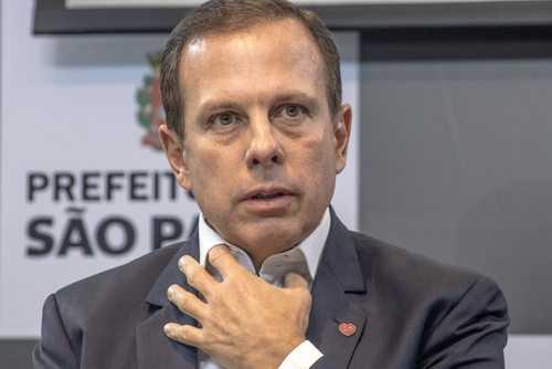Doria vira réu em ação popular que pede a suspensão da PPP da iluminação pública