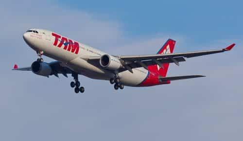 TAM não terá de pagar adicional de periculosidade a comissária de bordo por risco com inflamáveis