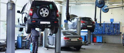Seguradora responde solidariamente por danos em veículo sob guarda de oficina credenciada