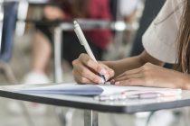 75% dos aprovados na OAB tentam até três exames, diz pesquisa sobre carreira de direito