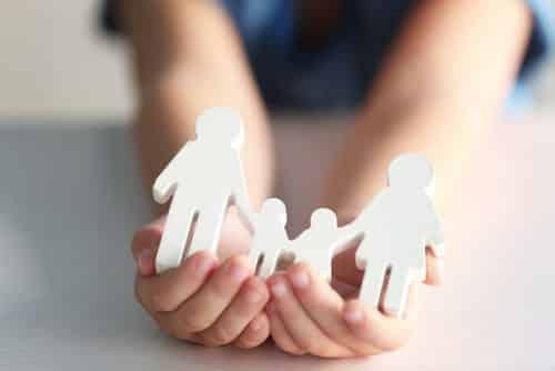 Multiparentalidade só pode ser reconhecida se atender ao interesse da criança