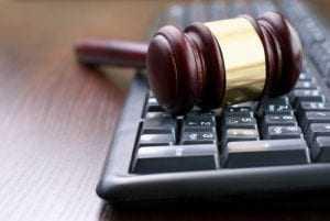Vigilante do Banco Central é condenado pelo furto de equipamentos de informática | Juristas