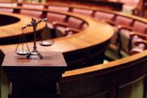 Nepotismo só ocorre quando nomeado está sob influência hierárquica de parente   Juristas