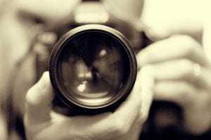 CVC Brasil e CVC Maringá são condenadas a indenizar moralmente fotógrafo por uso indevido de fotografia | Juristas