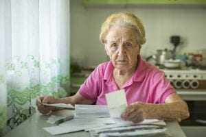 Aposentada deve ser indenizada por fraude em empréstimo feito em seu nome | Juristas