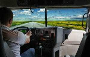 Motorista que teve plano de saúde cancelado unilateralmente pela empresa deve ser indenizado | Juristas