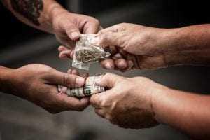 Inexigível a efetiva entrada ou saída da droga no País para configurar tráfico internacional | Juristas